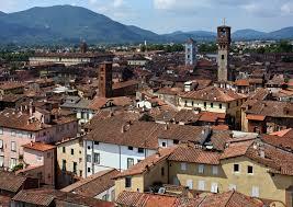Lucca dall'alto b&b butterfly livorno